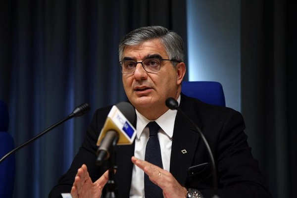 Un disegno di legge per snellire e semplificare il procedimento amministrativo: la proposta di Luciano D'Alfonso