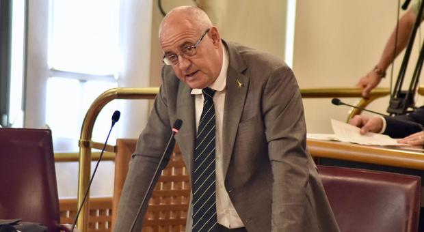 """Fina: """"Imbarazzanti ed offensive le parole del Consigliere regionale Simone Angelosante"""""""
