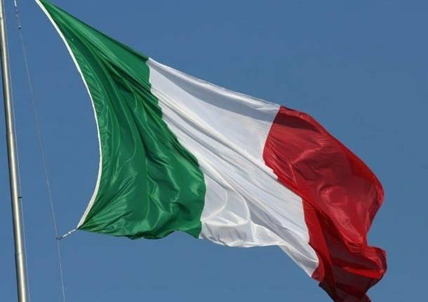 Covid, giovedi' 18 marzo bandiere a mezz'asta davanti alle sedi del PD in Abruzzo