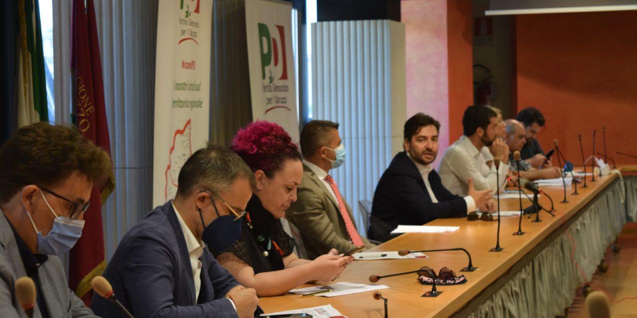 """Due anni di segreteria, il resoconto del PD regionale. Fina: """"Ora alternativa di progetto assieme all'Abruzzo"""""""