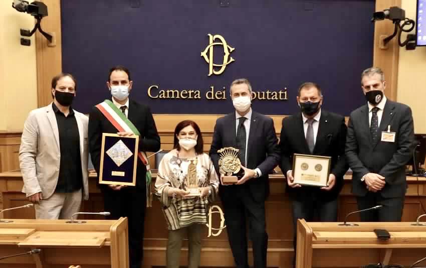 """Premio D'Angiò, Pezzopane: """"Ad Avezzano torna protagonista la piazza e lo spirito di ripresa"""""""