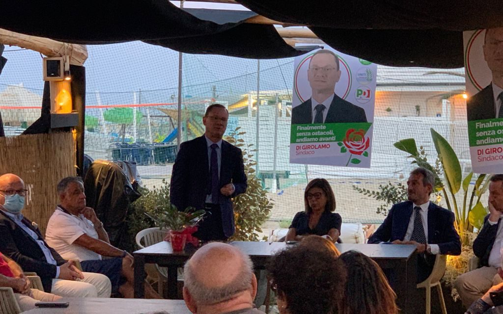 Paola De Micheli a Roseto con il Sindaco Di Girolamo. Turismo, viabilità e commercio i temi dell'incontro